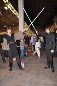 Japan-expo-sud-4-vague-marseille-cosplay-couloirs-stands-dimanche-2012 Japan-expo-sud-4-vague-marseille-cosplay-couloirs-stands-dimanche-2012 - Verticales - 0437