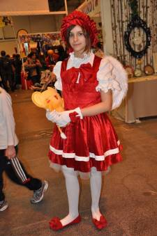 Japan-expo-sud-4-vague-marseille-cosplay-couloirs-stands-dimanche-2012 - Verticales - 0416