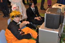 Japan-expo-sud-4-vague-marseille-cosplay-couloirs-stands-Samedi-2012 - 0030