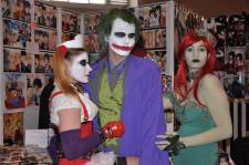 Japan-expo-sud-4-vague-marseille-stands-couloirs-dimanche-2012 - horizontal - 0041 Japan-expo-sud-4-vague-marseille-cosplay-couloirs-stands-dimanche-2012 - horizontal - 0190