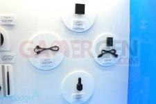 stand-psvita-tgs2011-accessoires-1